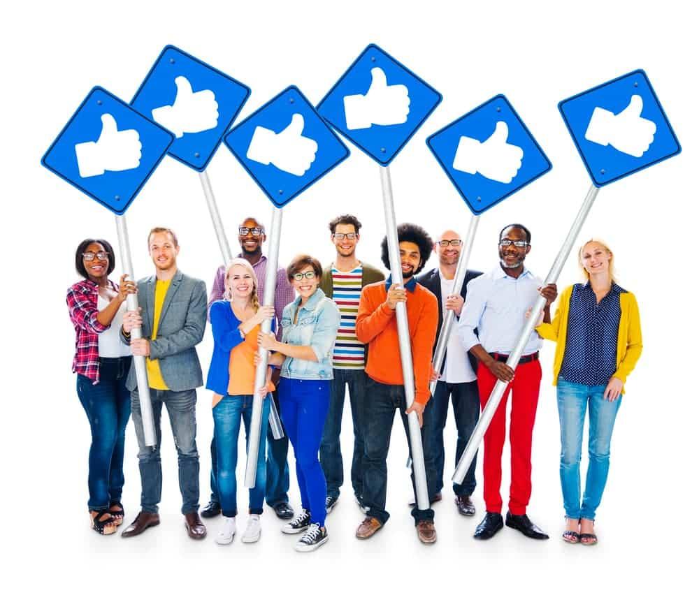 ניהול קבוצה בפייסבוק למטרות רווח